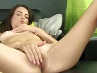 Skinny brunette amateur using her toy to cum