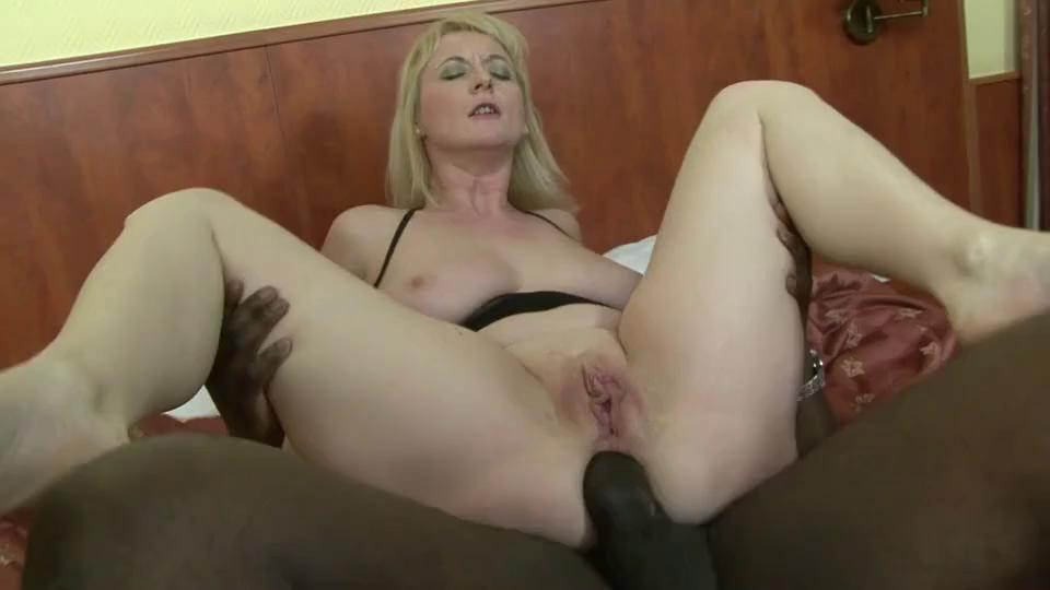 Big Tit Mature Interracial
